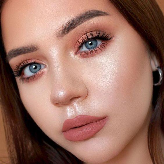 Karla Abelenda: 15 Ideias de maquiagem rosa para você se inspirar