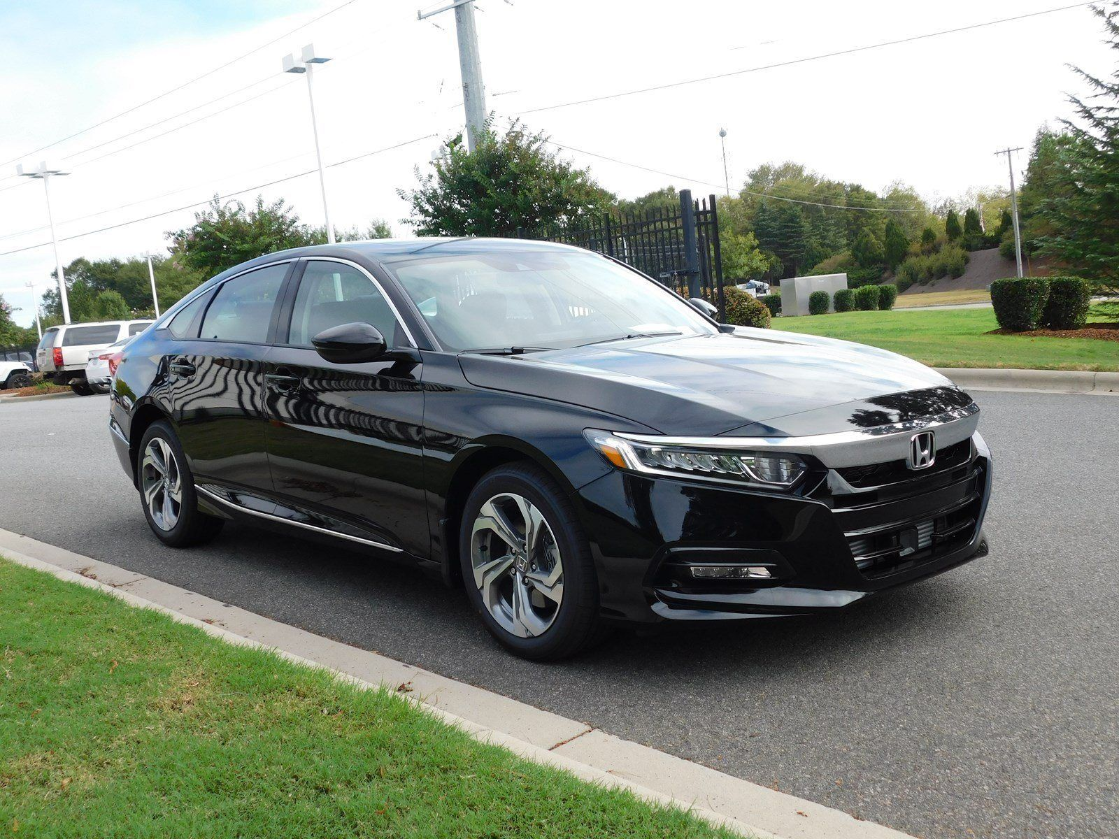 2020 Honda Accord Coupe Sedan Interior In 2020 Accord Coupe Honda Accord Coupe Honda Accord