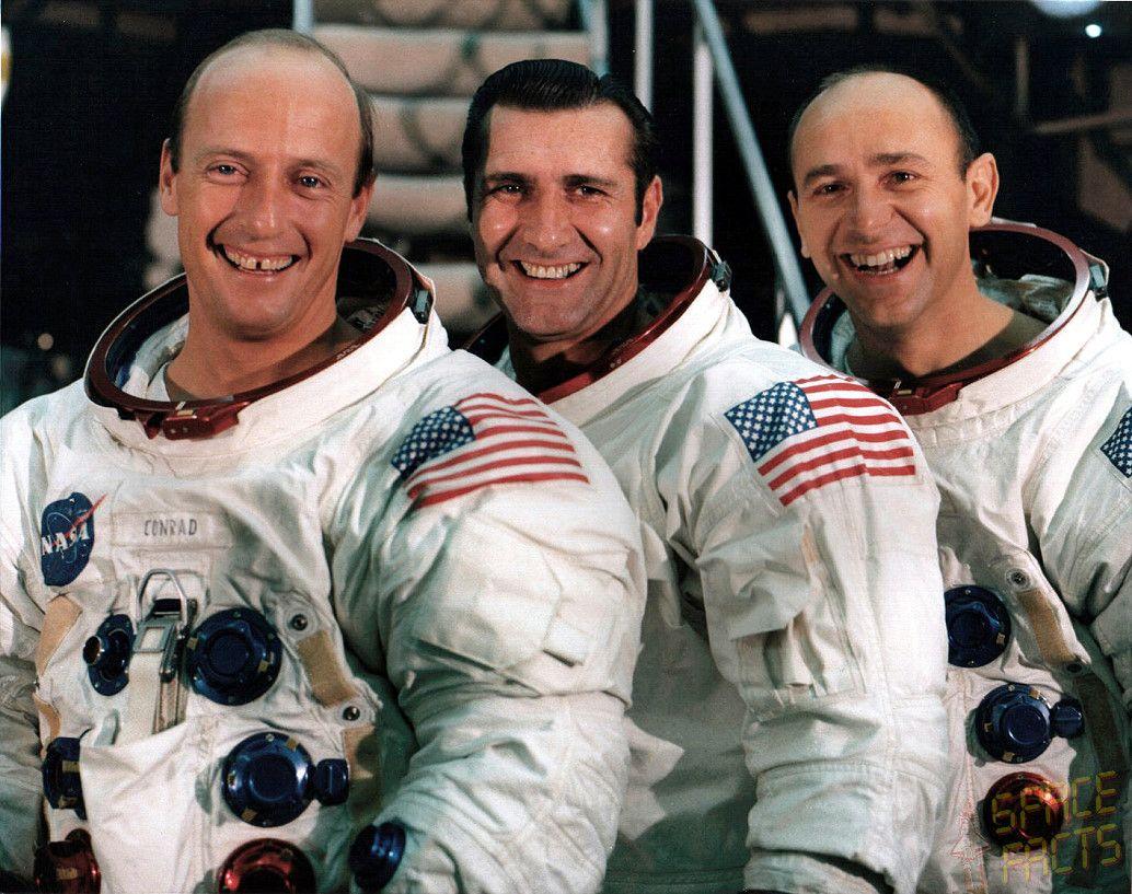 Apollo 12   Crew Photo: Apollo 12