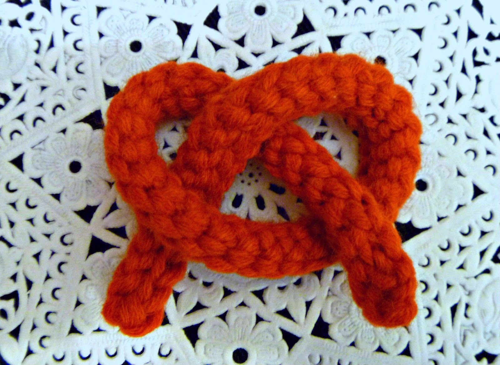 How to Crochet a Super Slip Stitch Cord - Tutorial