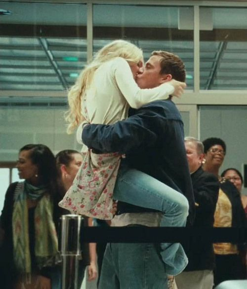 Bucket List Have A Romantic Airport Reunion 3 Weeks Dear