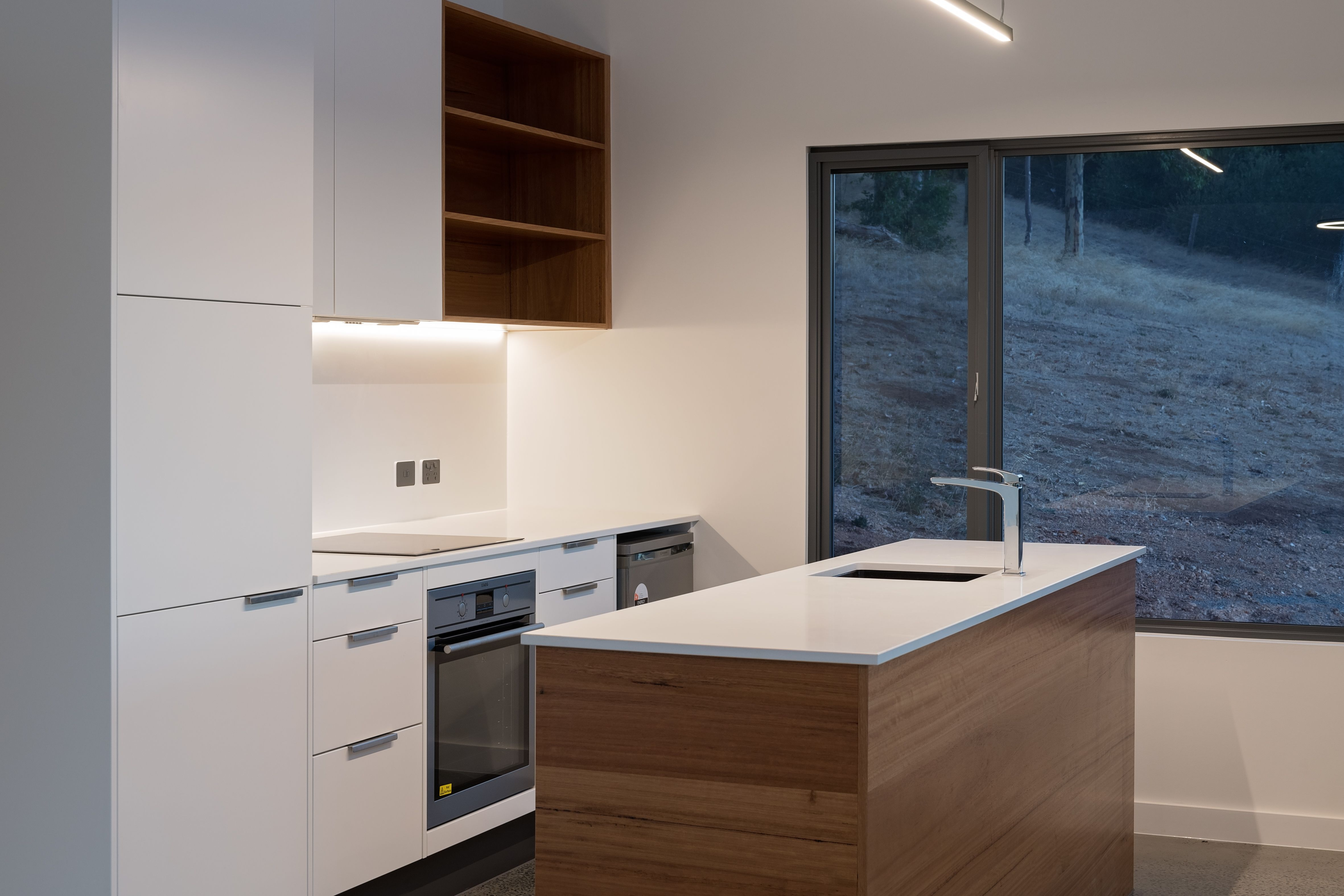 gloss white cupboards feature messmate timber island bench and rh in pinterest com