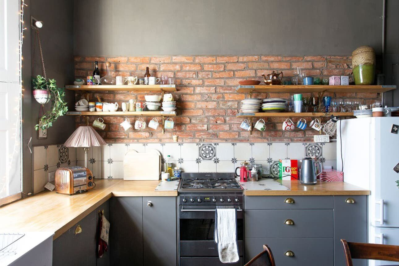 Moody Hues with Bright Color Pops in an Edinburgh Home — THE ...