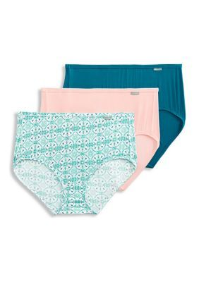Jockey 3-Pack Super Soft Briefs - 2073. Rendered in lightweight, micro-modal fabric for increased softness and breathability, these briefs by Jockey feature a smooth, covered waistband and a flat leg binding for a comfortable fit.
