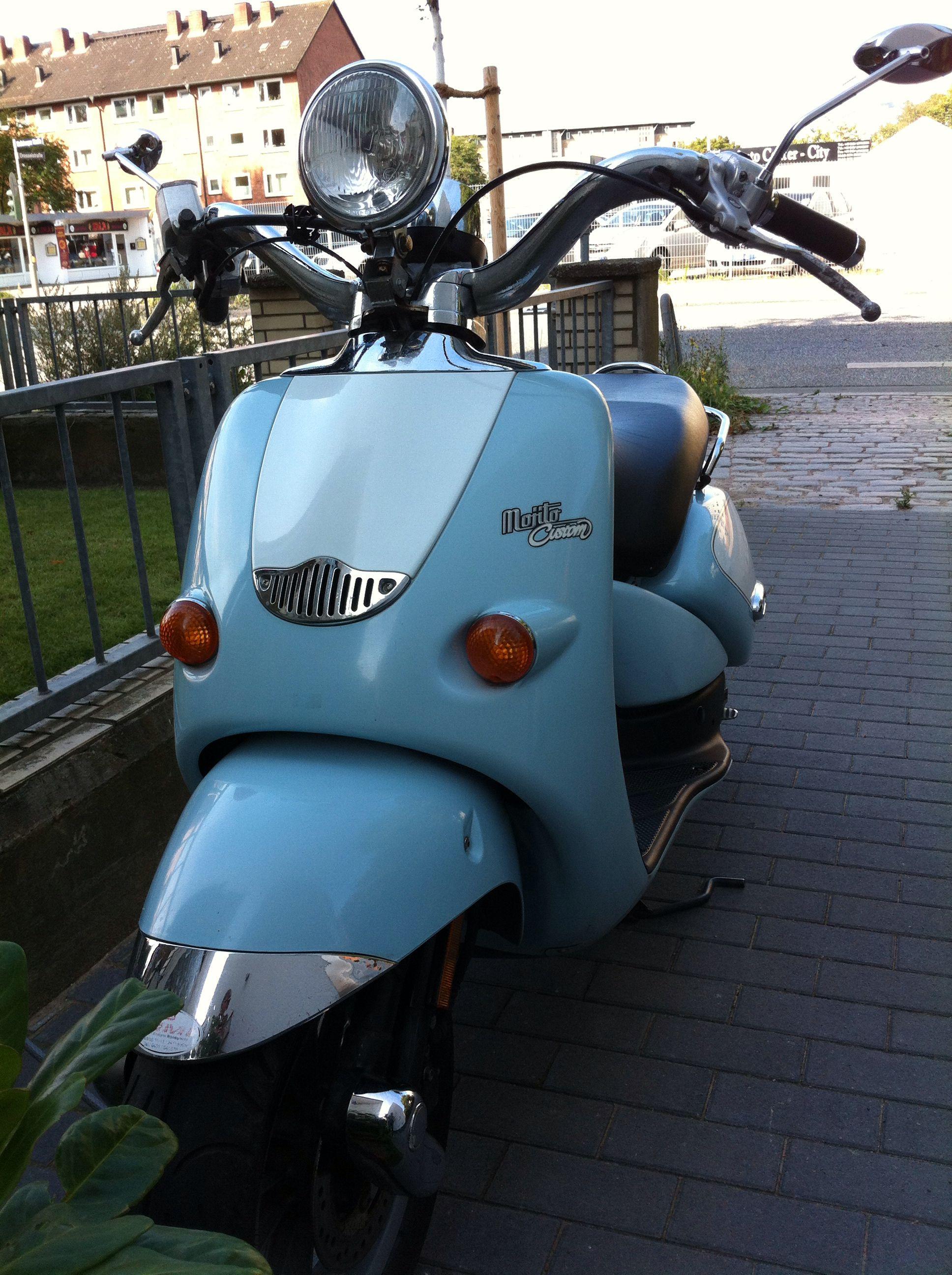 my baby blue aprilia mojito 2002 bikes vespa. Black Bedroom Furniture Sets. Home Design Ideas