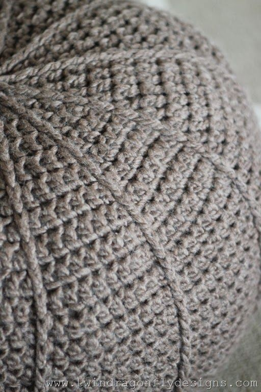 Free Crochet Floor Pouf Pattern | Pinterest | Araña, Bancos y Mundo