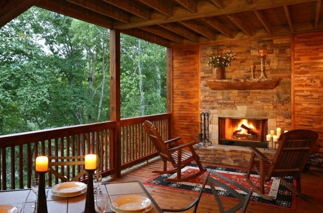 Spacious Screened In Porch With Wood Burning Fireplace Porch Fireplace Patio Screen House