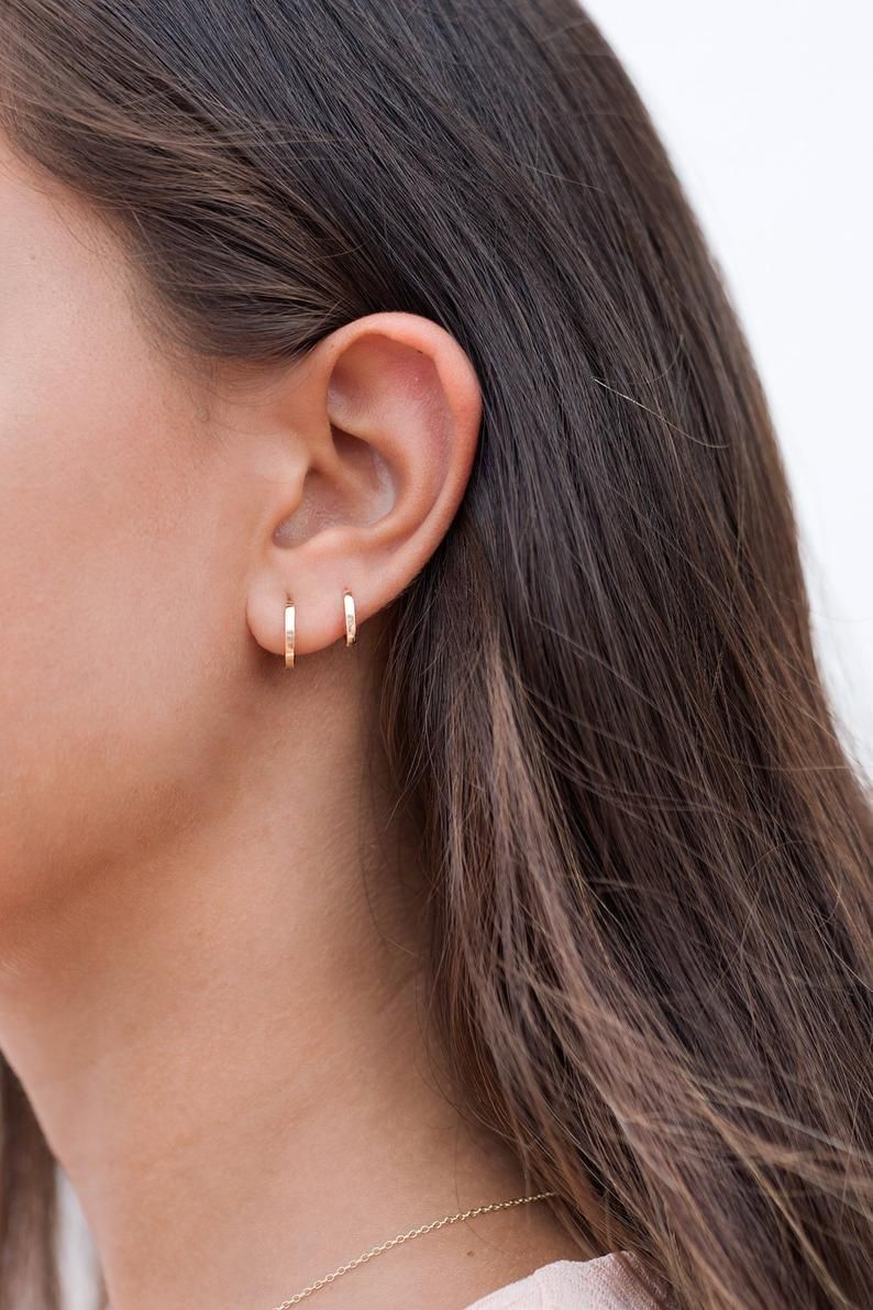 ROSE GOLD  HOOP EARRINGS 9 CARAT D SHAPE