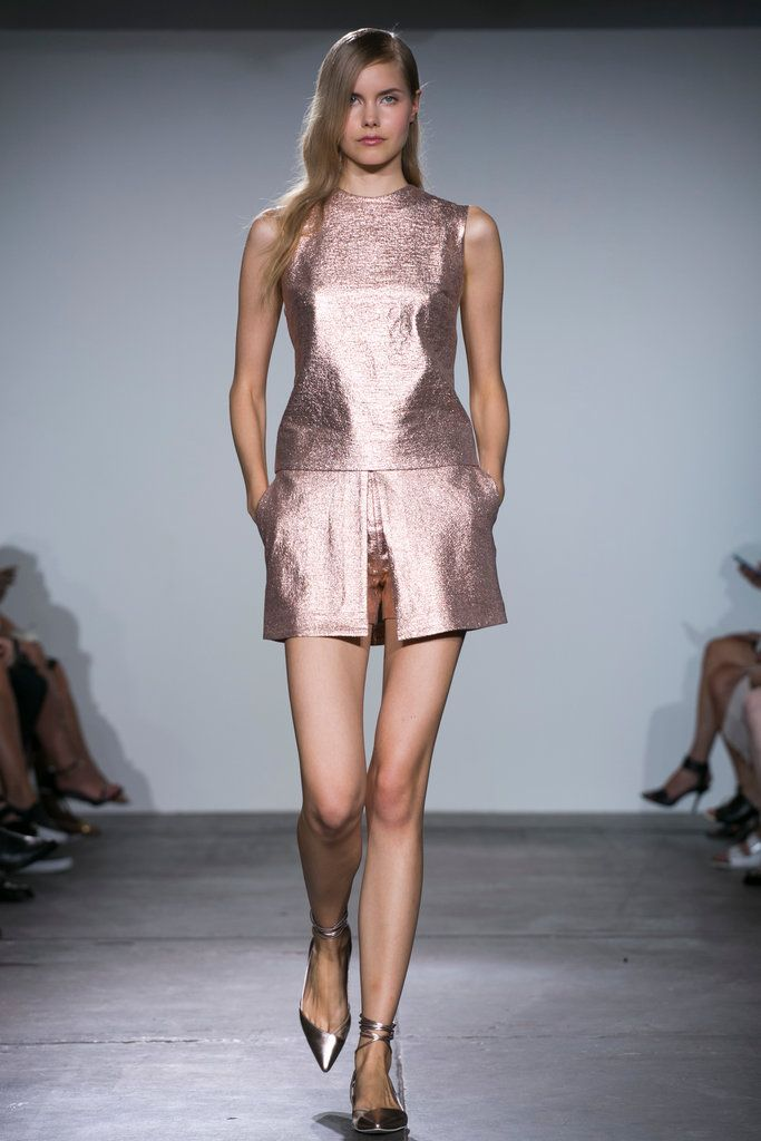 A look from the Nonoo Spring 2015 RTW collection.