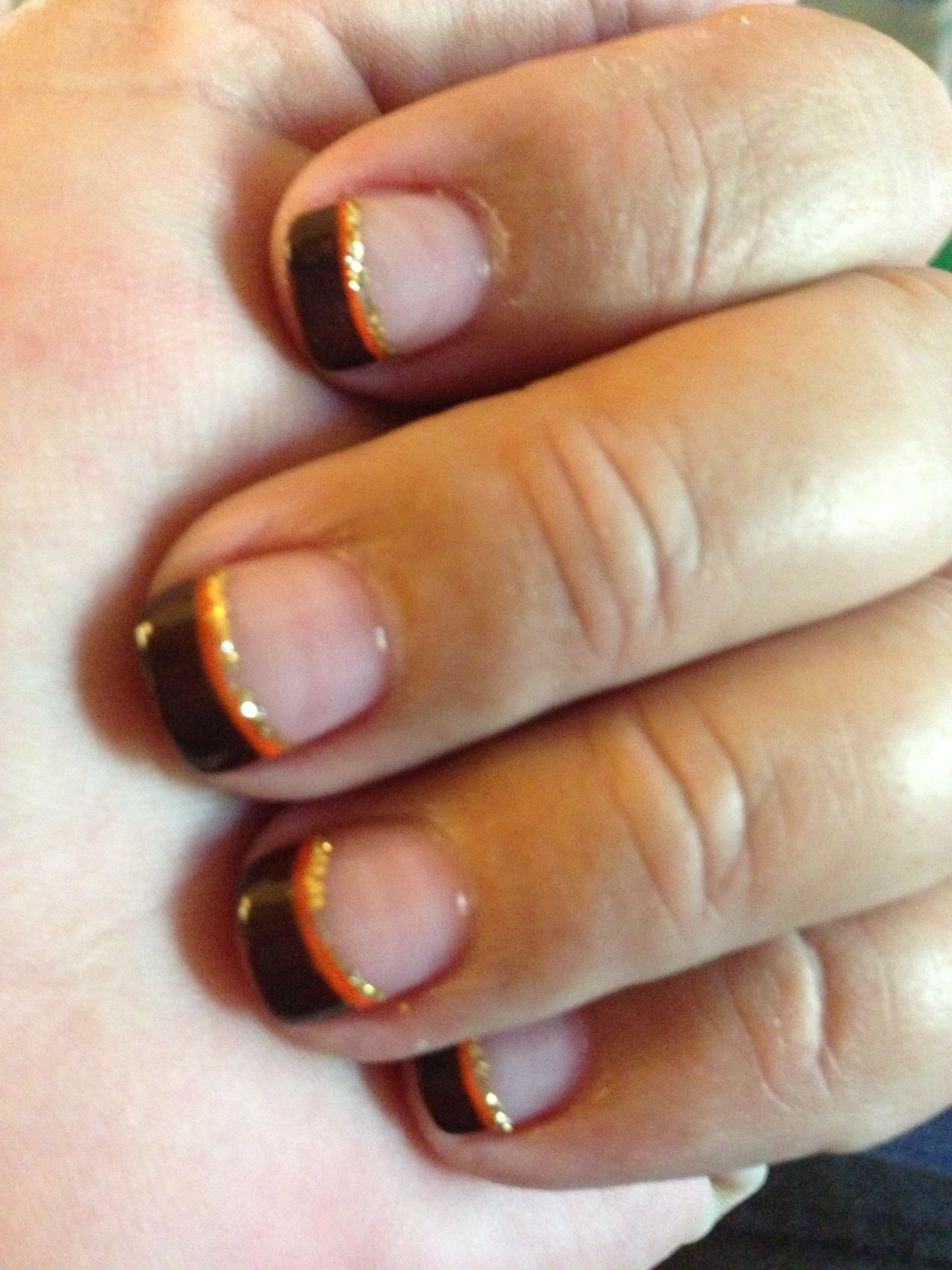 Fall nails -- brown tips lined w/ orange and glitter #fingernails ...