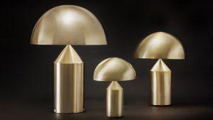Si installa al soffitto partendo dalla base, a pavimento, che funge da contrappeso. Lampade Da Tavolo Design Famose Article Marketing Italiano Decorative Table Lamps Atollo Lamp Gold Table Lamp