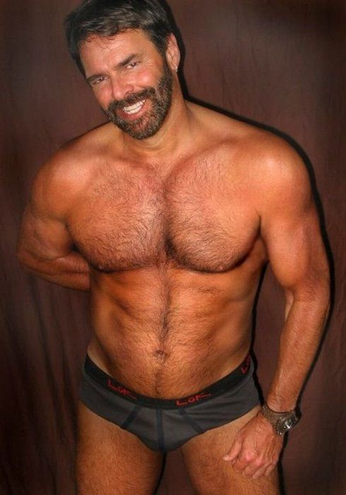 Hairy muscular gay