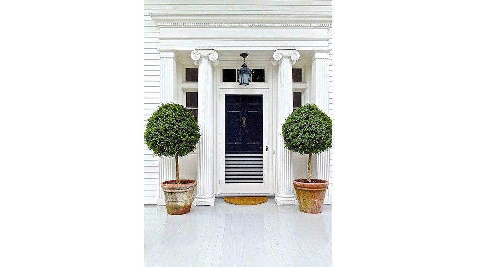 8 Inspiring Ways to Amp Up Your Curb Appeal via @domainehome