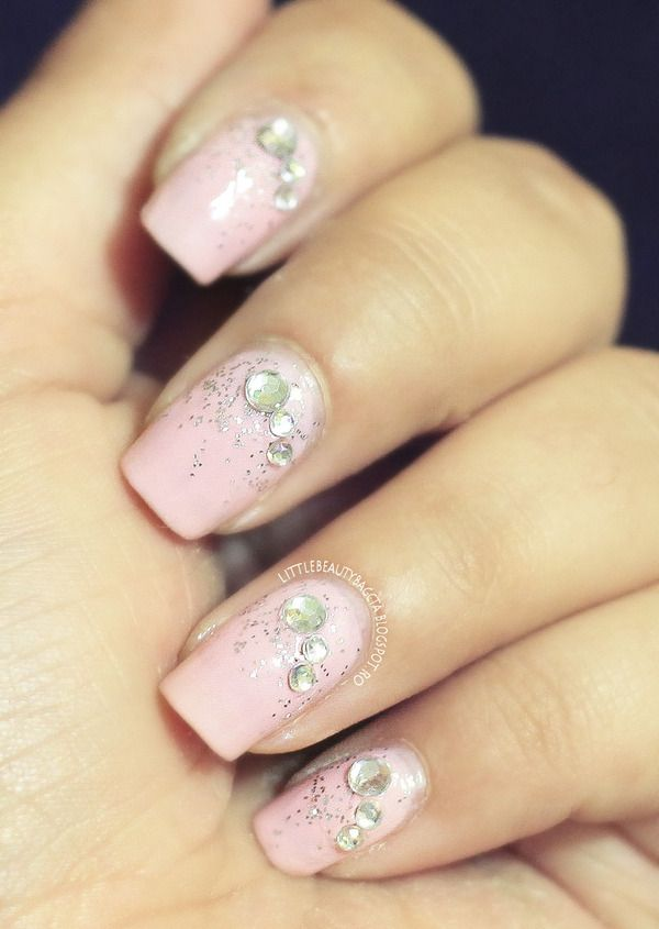 Soft Pink Jewel Nail Art