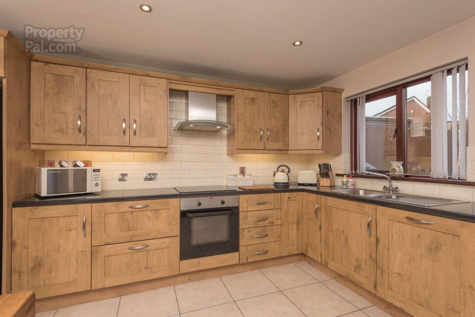 52 Breezemount, Hamiltonsbawn   Kitchen cabinet storage ...