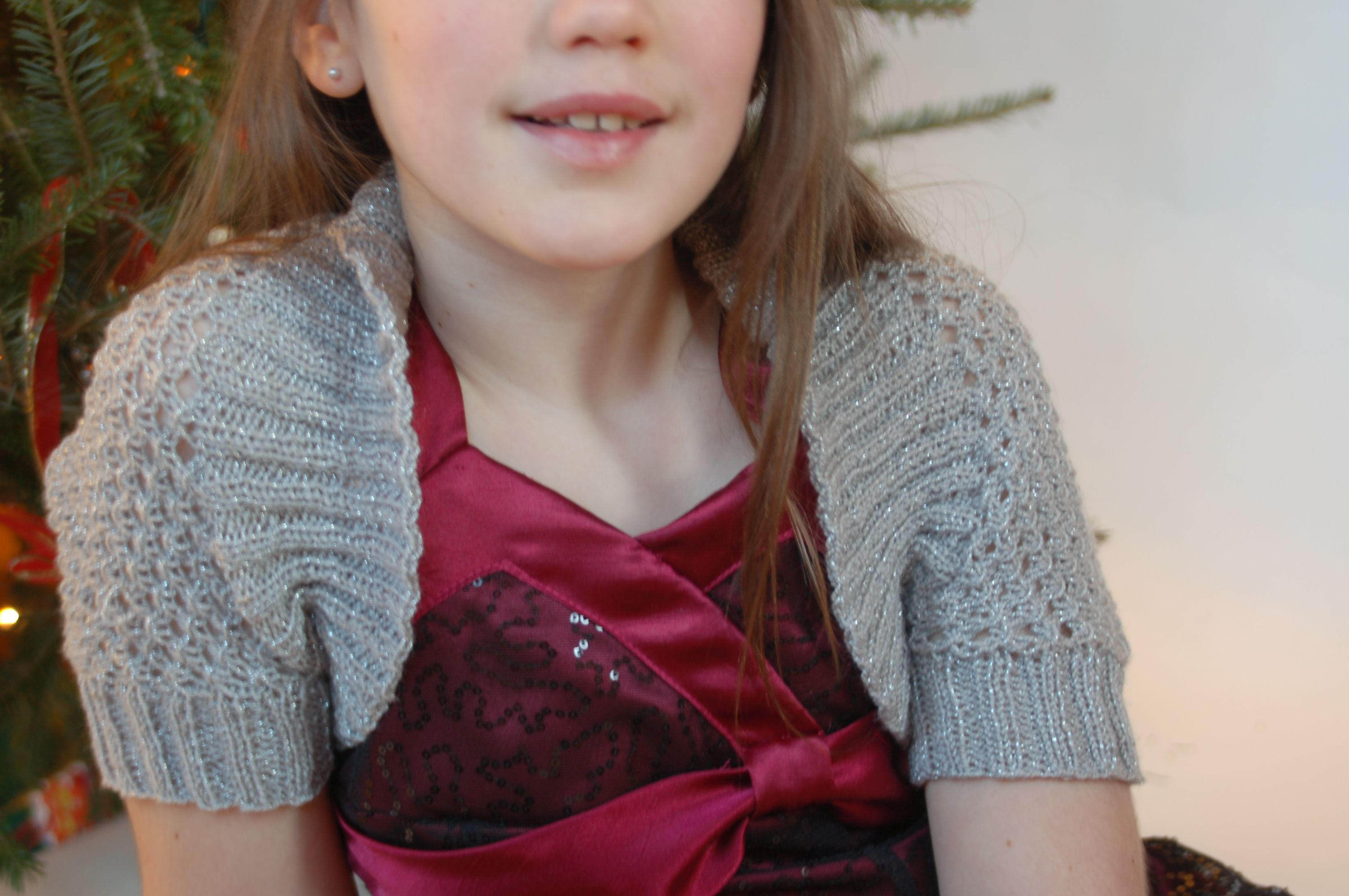 Holiday Shrug | Dolls, Patterns and American girls