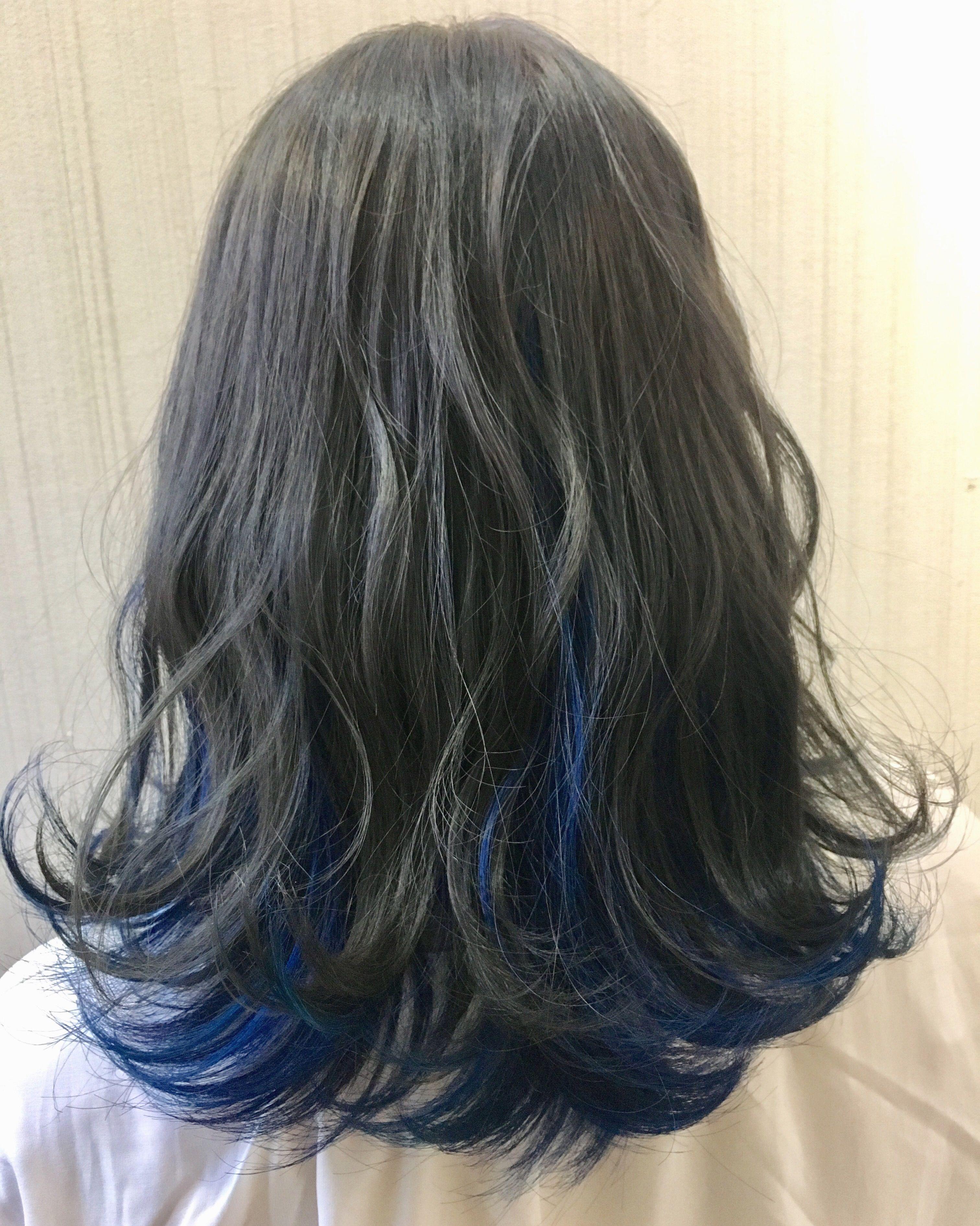 インナーカラー ブルー グレー インナーカラー ブルー ヘアカラー