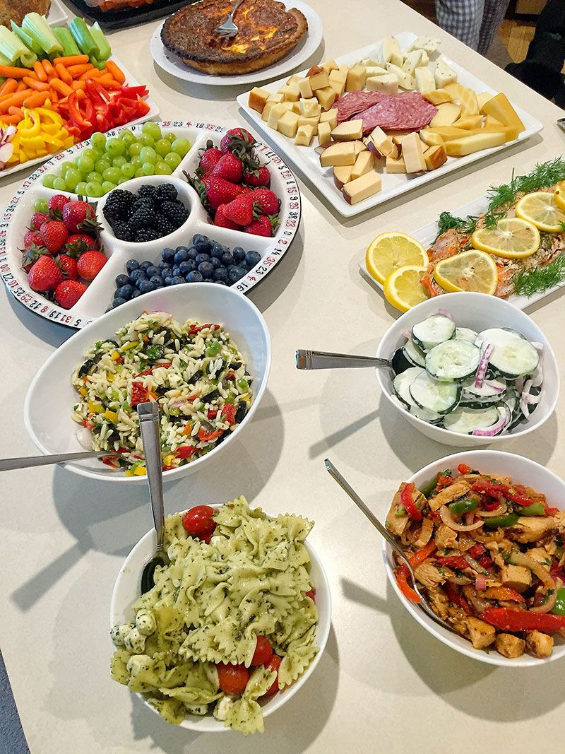 five delicious food ideas for a girl's game night buffet -- game
