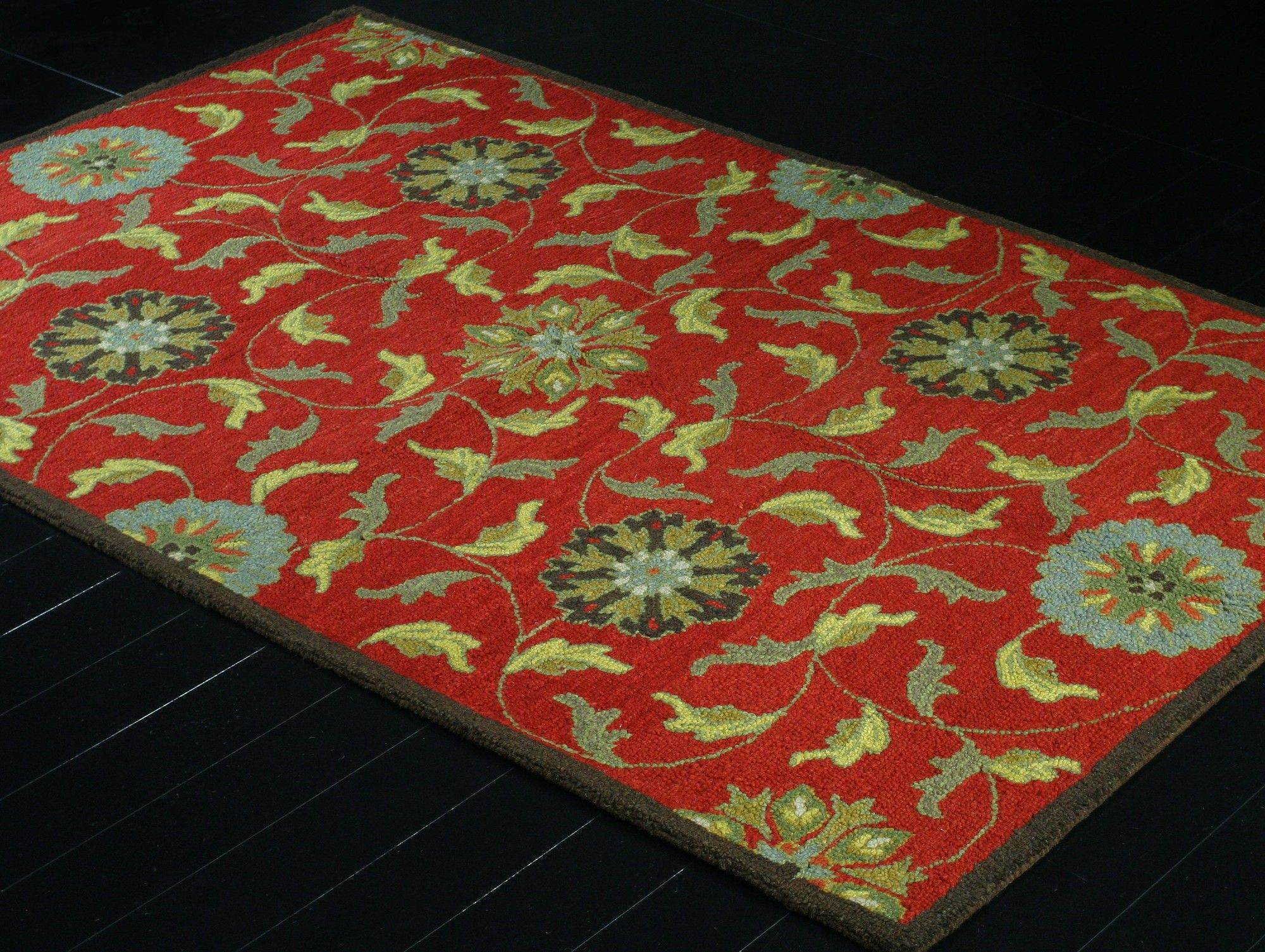 Easton Red Floral Wool Hand-Tufted Area Rug