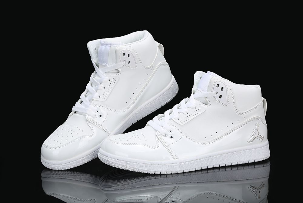new product f1c81 ea9ea Nike Air Jordan 1 Flight 2 All white