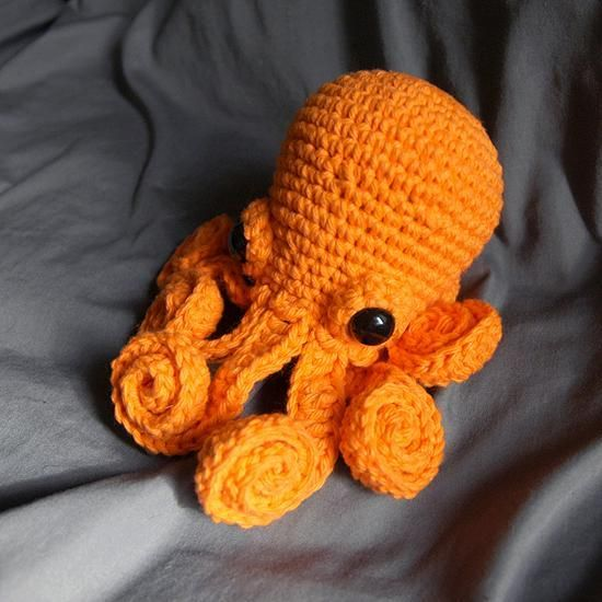 Octopus Amigurumi by LadyLilliput Crocheting Pattern ...