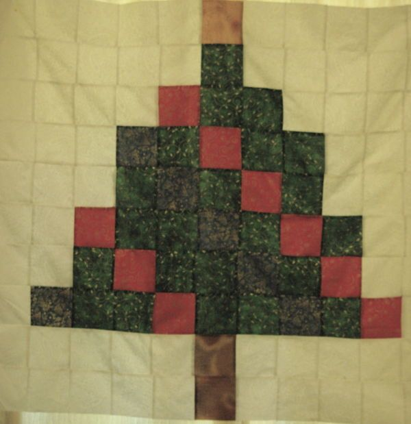 Christmas Tree Table Runner Quilt Pattern: Twister With Garland Before