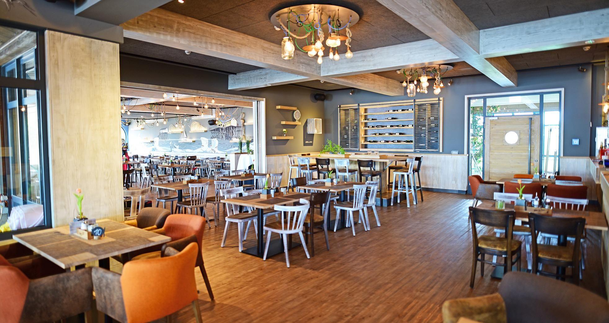 Restaurant am See, Geeste   Gastronomie möbel, Tisch ...