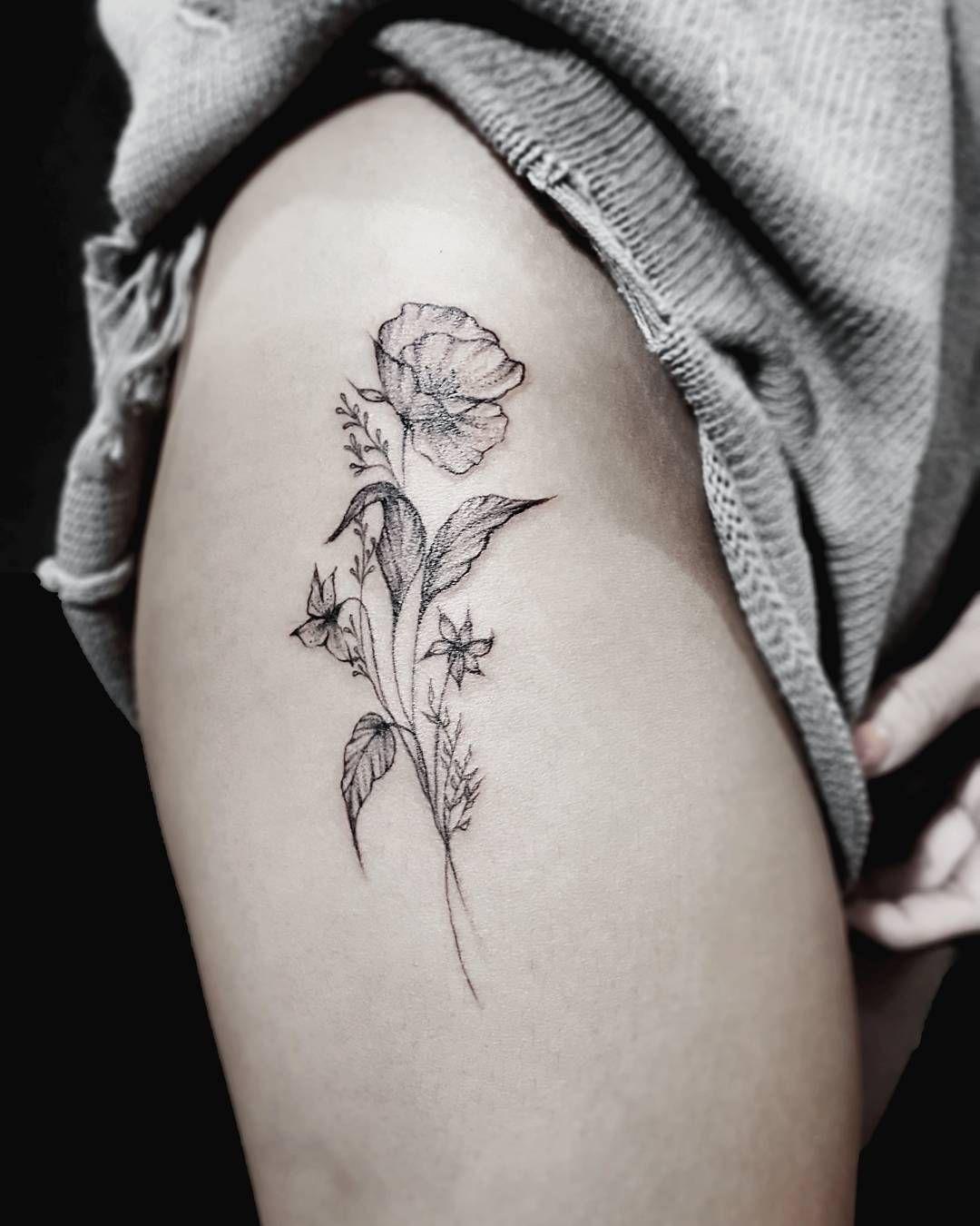 Flower Bouquet On The Thigh Tattoo Stellatxttoo Stellatxttoo