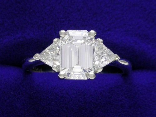 A diamond cut is a style or design guide used when shaping a diamond for polishing such as the brilliant cut. Description from pixgood.com. I searched for this on bing.com/images