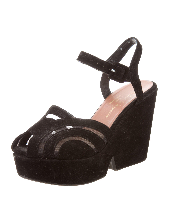 f19aaaca100e Black suede Robert Clergerie peep-toe platform pumps with mesh trim