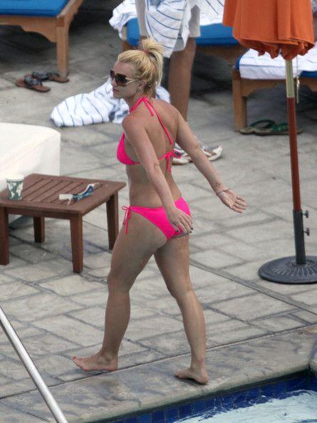 britney in pink bikini