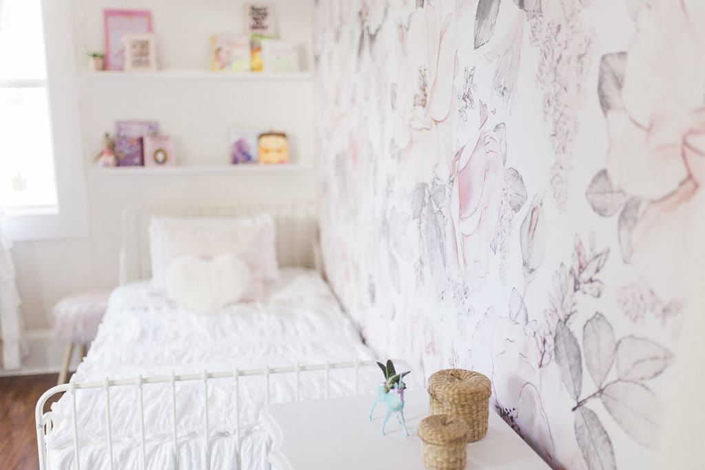 Kids Bedroom Wallpaper Girls Bedroom Floral Wallpaper Decor Inspiration Feminine S Girls Bedroom Wallpaper Kids Bedroom Wallpaper Girl Floral Bedroom