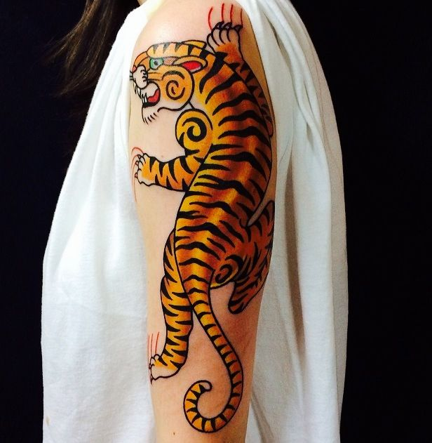 Traditional Tiger By Myke Chambers Traditional Tiger Tattoo Traditional Tattoo Eye Traditional Tattoo