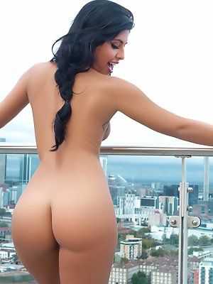 Naked glamour babes