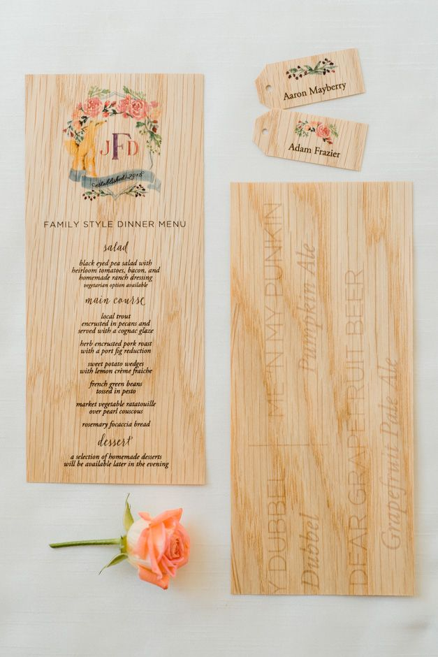 Wood menus and place cards by Tie That Binds. Planner Jacin Fitzgerald Events. Caroline Lima Photography.