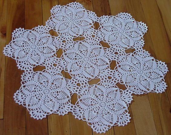 مفارش كروشيه صور مفارش كروشيه مفارش كروشيه جديدة Lace Crochet Lace Top