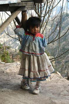 Niña Tarahumara  Por: SJDennis en Flickr