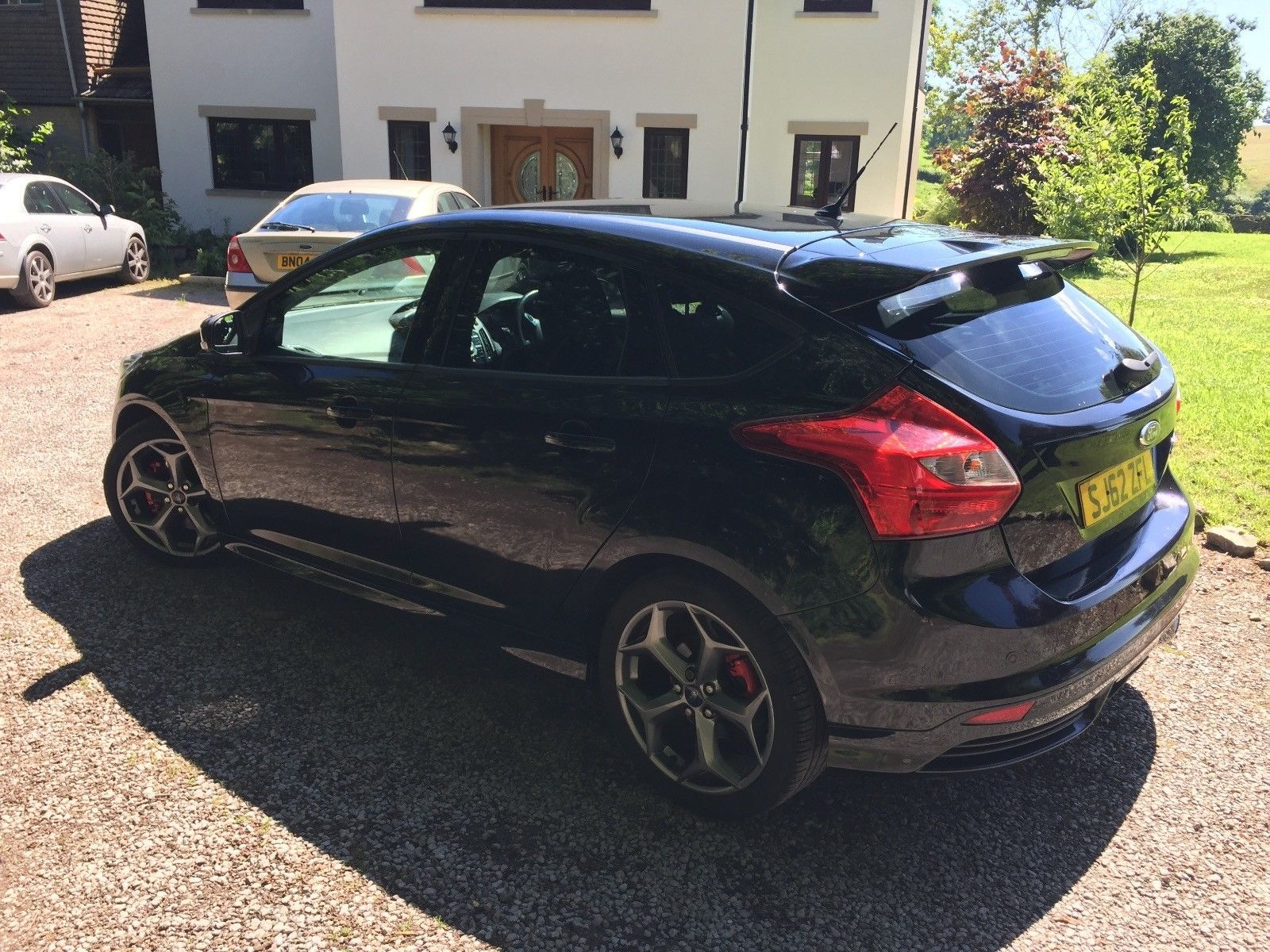 Looking for a Ford Focus St-3 - Black - Low Mileage - 62 Reg ...