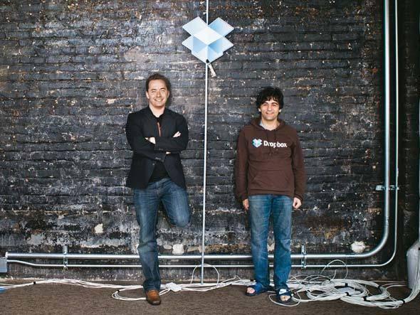Drew Houston e Arash Ferdowsi, de 29 e 27 anos, respectivamente, são os fundadores do bem-sucedido Dropbox