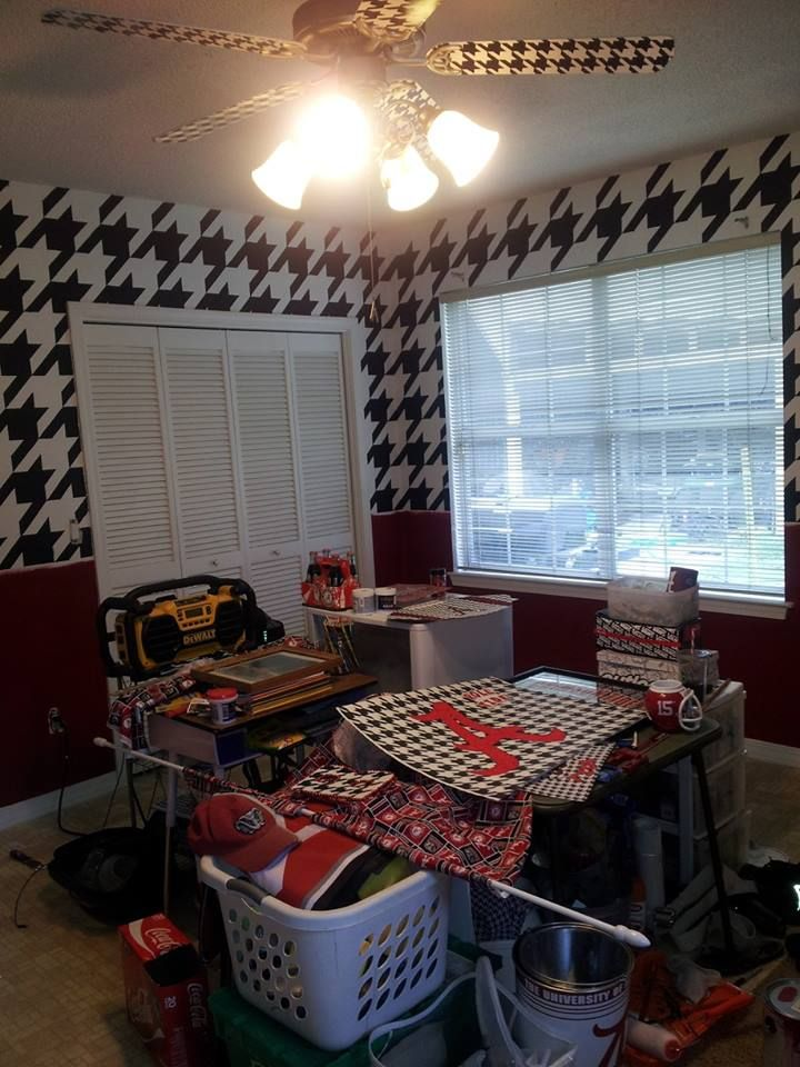 "Just painted our ""Alabama Room"" houndstooth and crimson, houndstooth the ceiling fan also!"