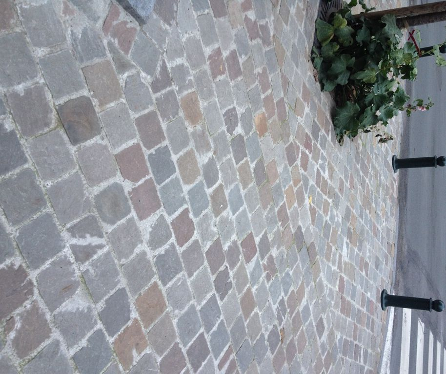 Pav gr s multicolore en pierre naturelle pav cliv de - Pave pierre naturelle ...