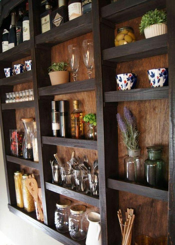 1001 + Ideen für Wandgestaltung Küche zum Entlehnen Wandgestaltung Ideen selber machen, Dekoration aus Glas, schwarze RegaleWandgestaltung Ideen selber machen, Dekoration aus Glas, schwarze Regale