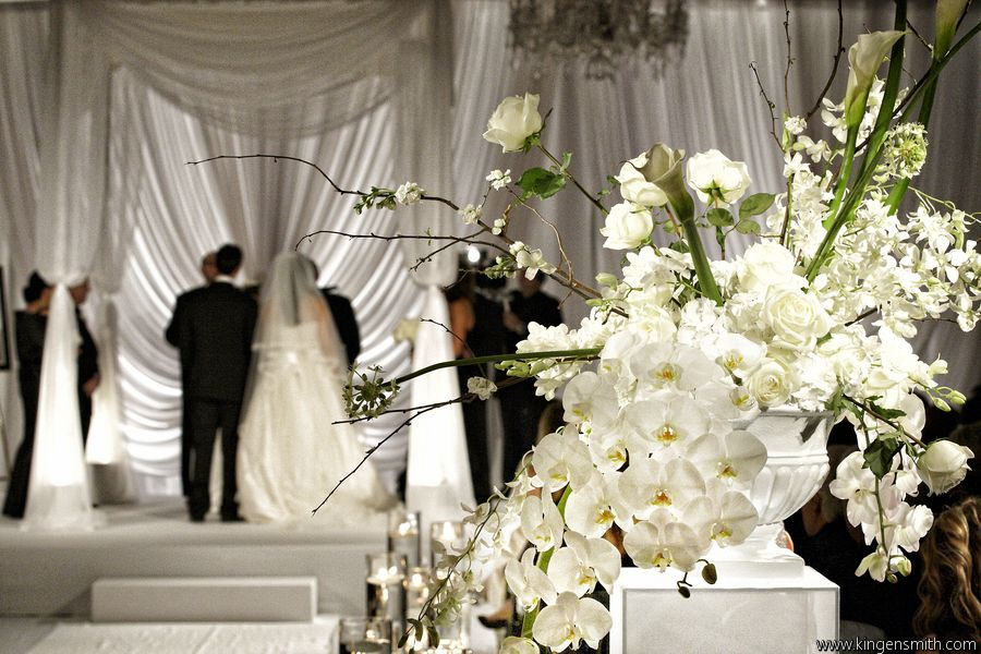 Wedding Photography Consultant: A Magnificent Wedding At The Four Seasons Chicago. Decor
