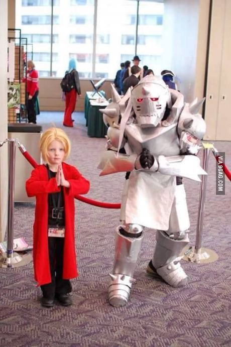 Yes! One more good looking cosplay.