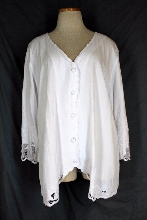 SOFT SURROUNDINGS Half Moon Bay Top 22592 XL White Lace 3/4 Bell Sleeve Rayon $24.95