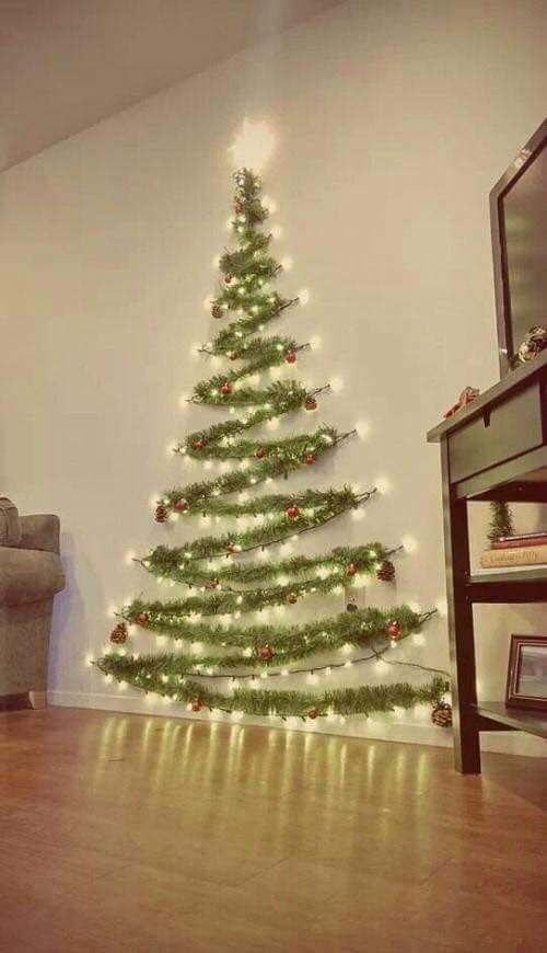 How To String Lights On A Christmas Tree Easy Garland Wall Christmas Tree With String Lights Diy  Art Ideas