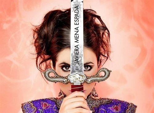 Javiera Mena regresa con el sencillo 'Espada'   http://caracteres.mx/javiera-mena-regresa-con-el-sencillo-espada/?Pinterest Caracteres+Mx