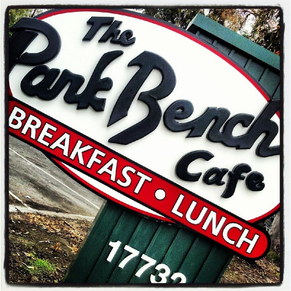 Have a bite to eat with your dog at The Park Bench Cafe