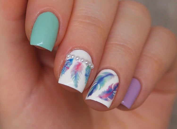 Gradient feathers water decals | Nail Art: Patterns | Pinterest ...