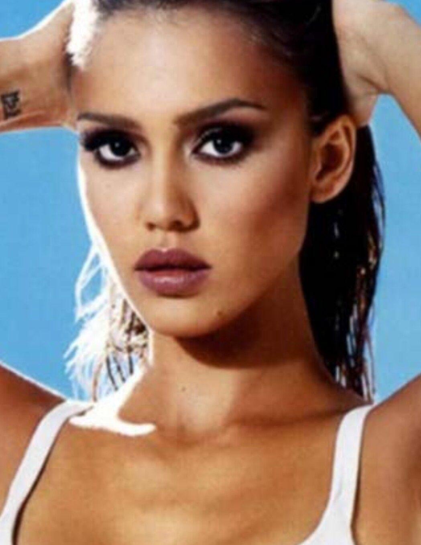 Claudia romani bikini 7